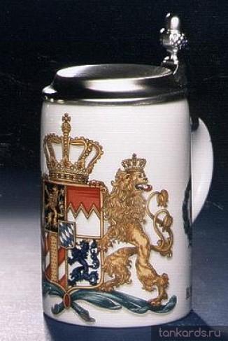 Керамическая пивная кружка с плоской крышкой с гербом Королевства Бавария 1794 года