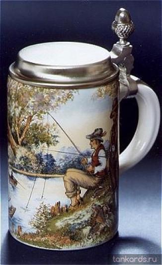Немецкая керамическая пивная кружка с крышкой и изображением рыбака