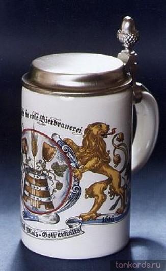 Немецкая пивная кружка с изображением герба со львом и крышкой