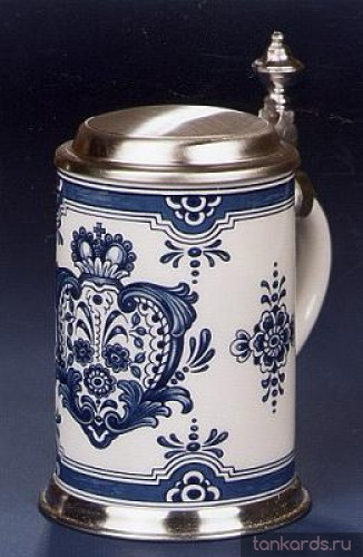 Коллекционная немецкая пивная кружка с оловянной крышкой и ободом на основании