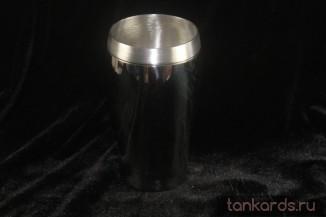 Пинтовый оловянный пивной стакан