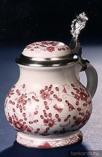 Фарфоровый коллекционный кувшин для питья пива с изображением розового винограда
