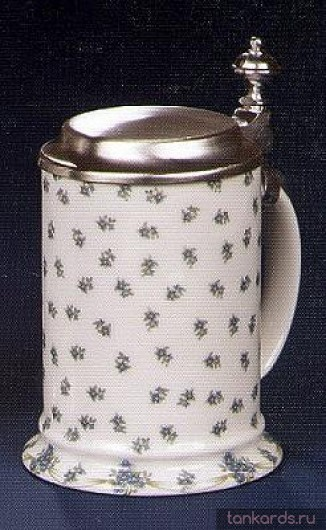 Пивная кружка с оловянной крышкой и изображением незабудок