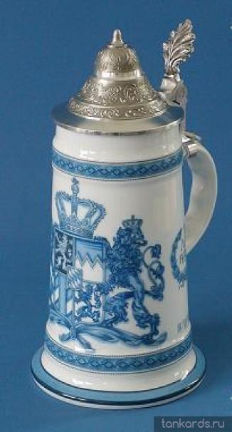 Кружка с конусовидной крышкой и голубым рисунком герба Королевства Бавария 1794 года