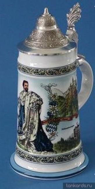 Кружка с конусообразной крышкой с изображением короля Баварии Людвига II и его замков