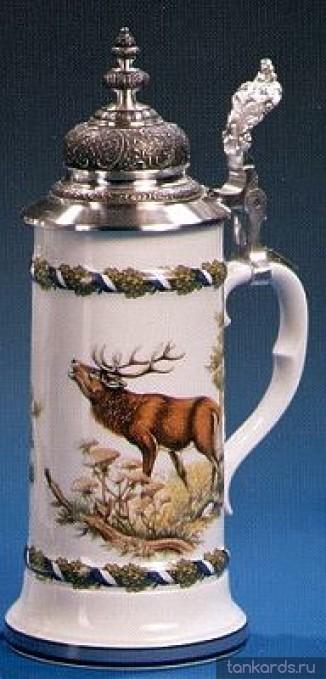 Фарфоровая кружка с устойчивым дном, куполообразной крышкой и изображением оленя