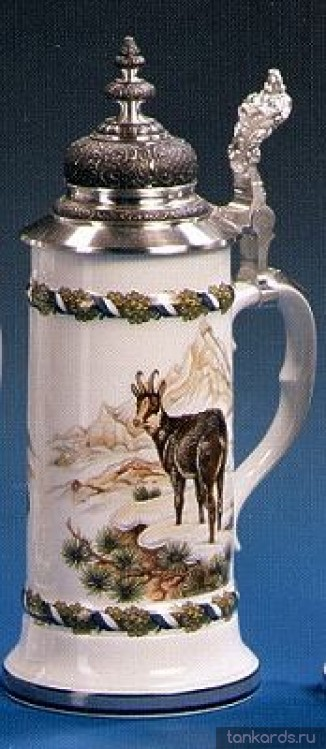 Фарфоровая пивная кружка с устойчивым дном, куполообразной крышкой и изображением серны