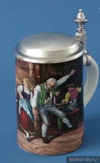 Коллеционная кружка для пива с крышкой с изображением танцующих людей в баре