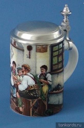 Немецкая пивная кружка с крышкой. Изображения сцен сельской жизни