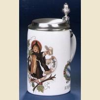 Керамическая пивная кружка коллекционная. На кружке изображена девочка из Мюнхена