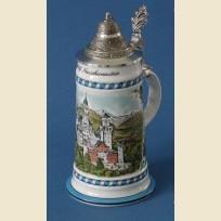 Немецкая керамическая пивная кружка с конусовидной крышкой и рисунком замка Нойшванштайн