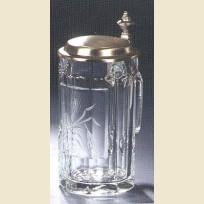 Кружка с резьбой по стеклу, изображающей колос солода