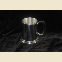 Традиционная Английская полупинтовая оловянная пивная кружка