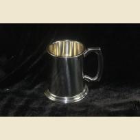 Полупинтовая Английская пивная кружка традиционного дизайна