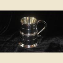 Сувенирная Английская оловянная кружка объемом одна пинта